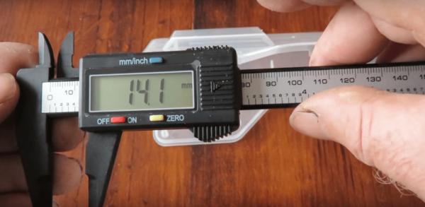 Electronic Digital Vernier Calipers with a Large LCD Screen