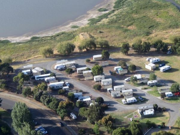 Lake Colac Caravan Park