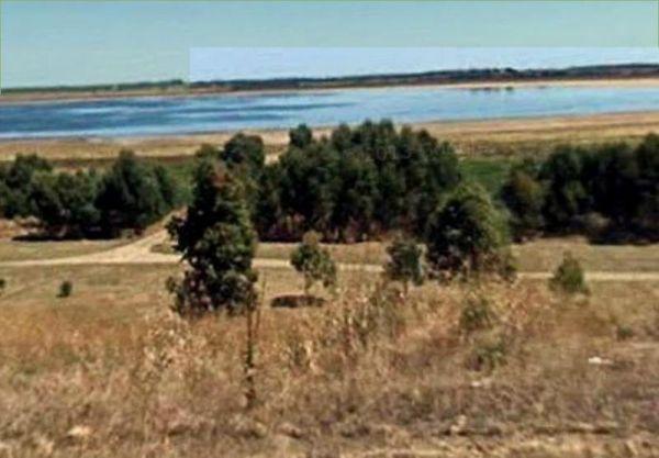 Lake Elingamite Camping Area