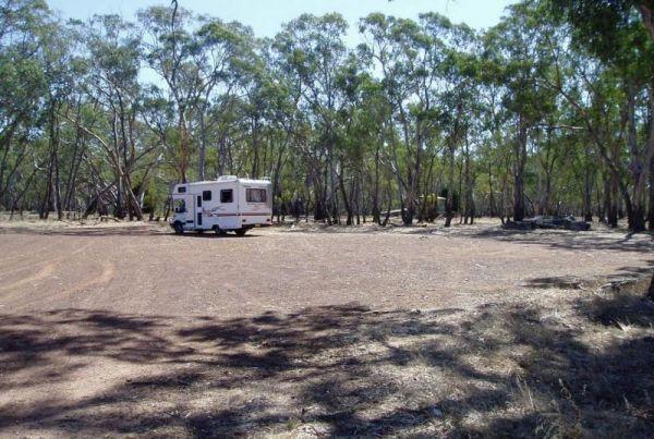 Lake Lonsdale Camping Area