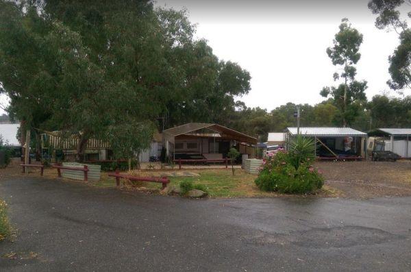 Moorabee Lodge Caravan Park