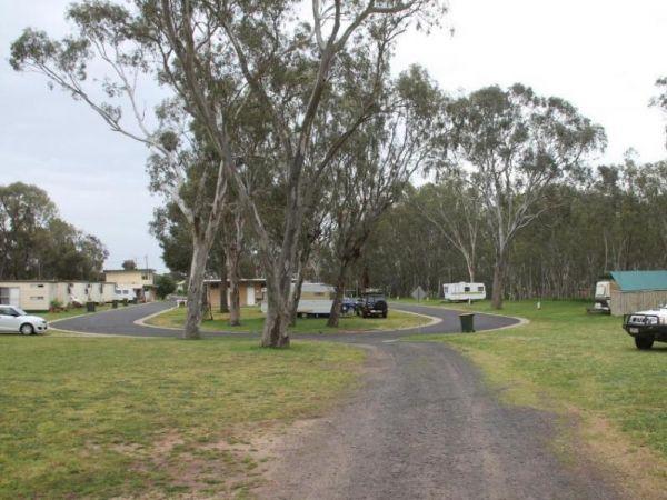 Nhill Caravan Park