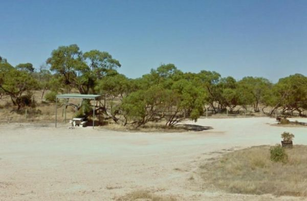 Eyre's Water Hole Rest Area